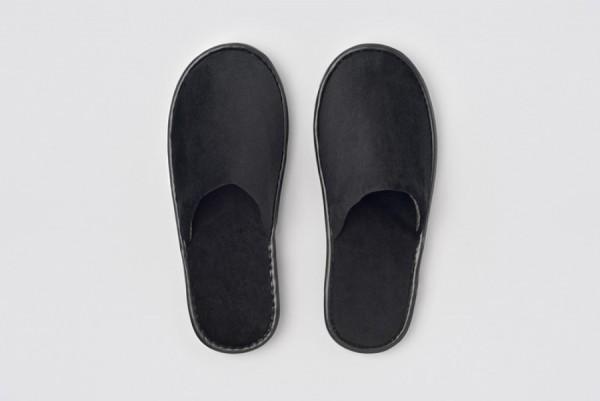 Andy Velour-Slipper geschlossen schwarz Größe 28,2 cm